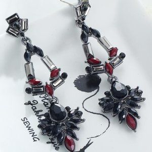 Jewelry - Statement Earrings